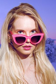 Quay Kitty Sunglasses (http://www.nastygal.com/product/kitty-shades-pink)