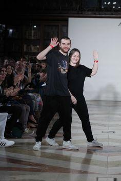 A dupla de designers Marques' Almeida – de Paulo Almeida e Marta Marques - está entre os escolhidos para receber o apoio da plataforma britânica NEWGEN. Lê o artigo completo em http://nstylemag.com/newgen-apoia-marques-almeida/