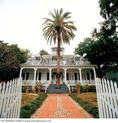 white house hotel biloxi ms   Father Ryan House Bed and Breakfast Inn, Biloxi, Mississippi, USA