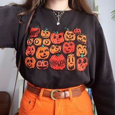 Women's Casual Round Neck Cartoon Long Sleeve Sweatshirt – Ratecuteshop Source by Fashion Mode, Daily Fashion, Fashion Outfits, Grunge Fashion, Fall Outfits, Cute Outfits, Look Boho, Facon, Aesthetic Clothes