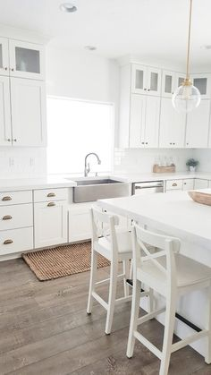 Ideas For Farmhouse Kitchen White Cabinets Rugs Kitchen Rugs Sink, Kitchen Rug, Home Kitchens, Farmhouse Kitchen, Kitchen Flooring, Best Kitchen Cabinets, White Wash Wood Floors, Trendy Farmhouse Kitchen, Trendy Kitchen
