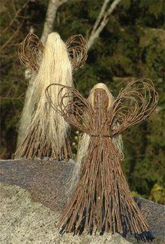 Billedresultat for risutyö Twig Crafts, Nature Crafts, Diy And Crafts, Arts And Crafts, Willow Weaving, Basket Weaving, Christmas Art, Christmas Ornaments, Willow Garden