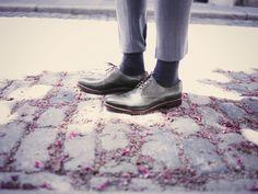 "Finest handmade shoes available at Oxblood Zürich Europaallee 19 www.oxbloodshoes.com  #cordovan #dandy #bogues ""budapester #heinrichdinkelacker #gentleman #zopfnaht #dapper #horween #euroapaallee Oxblood, Doc Martens, Dandy, Shoe Collection, Dapper, Gentleman, Combat Boots, Oxford Shoes, Fashion"
