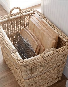 kitchen storage using a basket- could then place basket on the floor of a closet Kitchen Pantry, New Kitchen, Kitchen Decor, Kitchen Ideas, Kitchen Corner, Corner Cupboard, Kitchen Cabinets, Organized Kitchen, Kitchen Styling