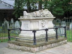John Bunyan's Tomb, Bunhill Fields - London.