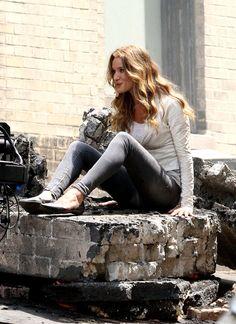Rosie Huntington-Whiteley como Carly Spencer em transformers 3