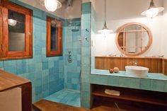 A stunning villa in the caribbean by Nomade Architettura. #nomadearchitettura #design #interiors #interiordesign #luxury #decor #luxurylife #caribbean #villas #bathroom