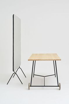 desk-and-devider