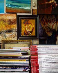 """ Buon week end di lettura e arte "" #ilcorniciaio #angolodellacornice #gianlucazamagni #rimini #italy #arte #books #painting #francescozavatta #agimsulai #stefanocecchini #mygallery #myshop #myartist #reading #study #artcontest #artoftheday #contemporaryart #artpassion #artstart #workinprogress by il_corniciaio"