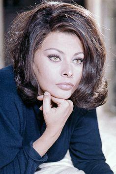 Celebrating Sophia Loren - Vintage Photos of Sophia Loren - Elle
