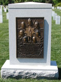 Space Shuttle Challenger Memorial at Arlington National Cemetery. Tribute to the Brave Crew of the United States Space Shuttle Challenger, January 28