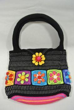 Nieuwste ontwerp, A4 formaat tas. Momenteel ben ik nog een paar andere kleurstellingen aan het uit-haken