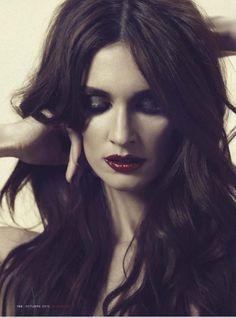Paz Vega: perfect hair and perfect makeup every time.