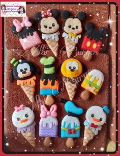 Felt Crafts, Mickey Mouse, Clay, Cookies, Christmas, Fun, Polymers, Ideas, Cloth Doll Making