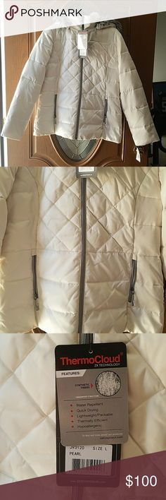 ZXBLK Zeroxposur Pearl Puffer jacket  SZ. L NWT ZXBLK Zeroxposur Pearl Puffer jacket  SZ. L NWT 2 front zipper pockets. Removable snapped faux fur hood ZeroXposur Jackets & Coats Puffers