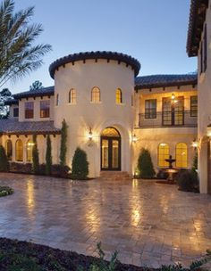 Fantastic courtyard look to driveway!!!    Villa Verona - mediterranean - exterior - orlando - by Jorge Ulibarri Custom Homes
