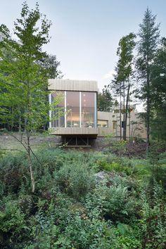 Lac Grenier Remodel by Paul Bernier | HomeAdore