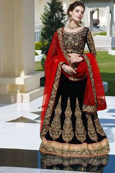 Indian Wardrobe is your ultimate destination for Fashionable ethnic women's clothes like Sarees, Salwar Kameez, Lehenga Sarees and Choli, Kurtis, Tunics and Salwar Suits. Lehenga Sari, Lehenga Choli Online, Bridal Lehenga Choli, Sarees, Saree Blouse, Lehenga Choli Designs, Red Wedding Lehenga, Party Wear Lehenga, Designer Bridal Lehenga