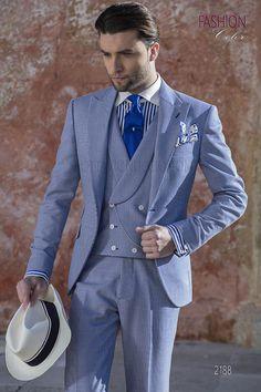 Collezione Fashion Color 2018 · Abito da sposo moda fashion blu chiaro in tessuto  pied de poule. Completo ONGala 2188 c6855a6869c