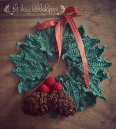 Crochet Christmas Wreath - free pattern