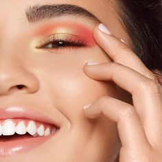 Shop Kaja's Beauty Bento Bouncy Shimmer Eyeshadow Trio at Sephora. A stacked, creamy, powder eyeshadow in curated trios. Makeup Tips, Beauty Makeup, Hair Makeup, Makeup Products, Beauty Products, Black Girl Makeup, Girls Makeup, Shimmer Eyeshadow, Eyeshadow Looks