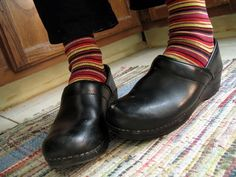 1000 Images About 10 Ways To Wear Dansko Clogs On Pinterest Dansko Shoes Clogs And Sock