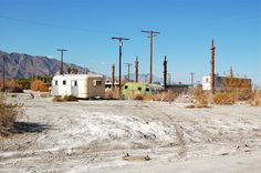 Abandoned Wasteland of Bombay Beach California South California, Salton Sea, Vintage Caravans, Strange Places, Ghost Towns, Planet Earth, Abandoned Places, Places To See, North America