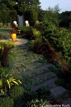 Beautiful. Just did this with DIY cobblestone mold and seed!
