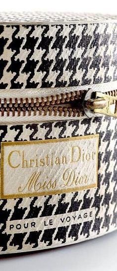 Christian Dior - Miss Dior Travel Bag Miss Dior, Christian Dior, Dior Couture, Vogue Mexico, Cocktails, Black White, Hounds Tooth, Perfume, French Fashion Designers