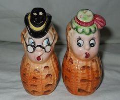 Vintage 1950'S Japan Anthropomorphic Peanuts Salt Pepper Shakers