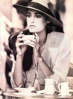 lesgarconnes:  YASMIN LE BON Yasmin Le Bon by Peter Lindbergh for Vogue US, December 1987.