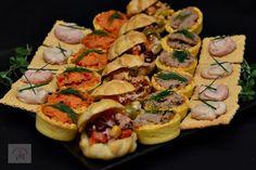 Cum se face aluatul pentru tarte aperitiv (pate brisee)? - CAIETUL CU RETETE Dessert Bars, Bruschetta, Food And Drink, Mexican, Yummy Food, Fish, Cooking, Ethnic Recipes, Desserts