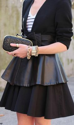 leather peplum skirt - just the perfect mix of sexy and feminin Look Fashion, Autumn Fashion, Womens Fashion, Sweet Fashion, Fashion Wear, Lbd, Leather Peplum, Leather Skirts, Leather Fabric