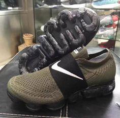 NIKE AIR VAPORMAX LACELESS  sneaker New Nike Air c960ca4b1