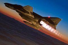 F-4 Phantom. What a beauty.