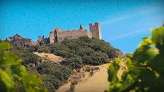 El Castillo de Cornatel en la primera etapa del  Camino de Invierno. #jakobsweg #stjamesway #theway #pilgerweg #pilgern  #iperegrinos  #pilgrims #caminosantiago #caminodesantiago #elcaminodesantiago #buencamino #pilgrimage #peregrina #peregrinacion #ultreia #peregrinos #peregrina #senderismo #trekking  #hiking  #viaje #travel #walking #wayofstjames