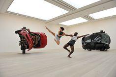 Richard Alston Dance Company perform at Saatchi Gallery. Photo: Hugo Glendinning  #radc #dance #art #saatchi #gallery #performance