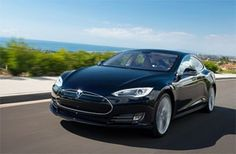 A New-York, la berline électrique Model S vient d'être élue voiture verte de l'année 2013!