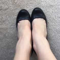 Jessica Simpson Black Pump Barely Worn black round toe Jessica Simpson Pump. Great basic black leather pump. Really useful. Barely worn-just a bit too small on me. Perfect for going from work to play seamlessly. Size 6.5 Jessica Simpson Shoes Heels