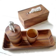 mooie fairtrade en duurzaam geproduceerde houten badmat. https, Badkamer
