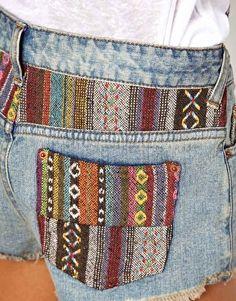 Imagen 3 de Pantalones cortos vaqueros con estampado azteca de ASOS