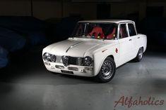 Alfaholics Giulia TI Super R. Alfa Romeo Junior, Alfa Romeo Gtv, Alfa Romeo Cars, Diorama, Cool Car Drawings, Automobile, Bmw Vintage, Alfa Romeo Giulia, Car Photography