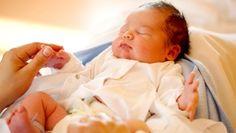 bébé apporter hôpital accouchement