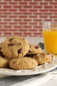 Soft oatmeal cookies with apple and cranberries Soft Oatmeal Cookies, Almond Cookies, Yummy Cookies, Cupcake Cookies, Cupcakes, Apple Desserts, Cookie Desserts, Cookie Recipes, Cookie Ideas