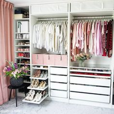 Walk In Closet Ideas - Do you require to whip your small walk-in closet into shape? You will certainly love these 20 extraordinary small walk-in closet ideas and also makeovers for some . Walk In Closet Design, Bedroom Closet Design, Wardrobe Design, Closet Designs, Home Bedroom, Bedroom Decor, Bedrooms, Wardrobe Room, Ikea Pax Wardrobe