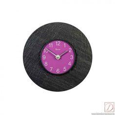 Wanduhr Vaerst Schiefer 19cm - Ob im Wohnzimmer, Esszimmer oder Flur mit dieser Wanduhr wissen Sie immer was die Uhr geschlagen hat.