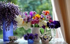 still life flowers color vase cup bowl table window glass trees curtains photography plants setting wallpaper background Simple Flowers, Colorful Flowers, Spring Flowers, Beautiful Flowers, Fresh Flowers, Beautiful Images, Spring Wildflowers, Wild Flowers, Backgrounds Hd