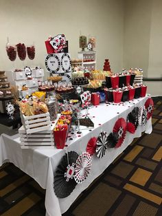 A casino theme party is always a hit with seniors in assisted living Casino Party Decorations, Casino Party Foods, Casino Theme Parties, Party Themes, Birthday Parties, Themed Parties, 50th Birthday, Party Ideas, Las Vegas Party