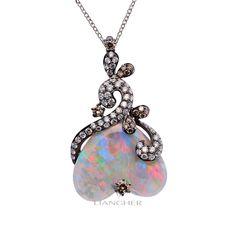114064 Natural Opal Diamond Pendant 18K gold