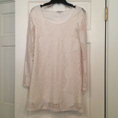Cream lace long sleeved dress Worn only twice. Bought second hand. No stains. Good condition. Slim fitting. Charlotte Russe Dresses Long Sleeve